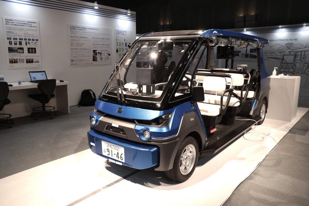 SIP 第2期 自動運転中間成果発表会 車体展示