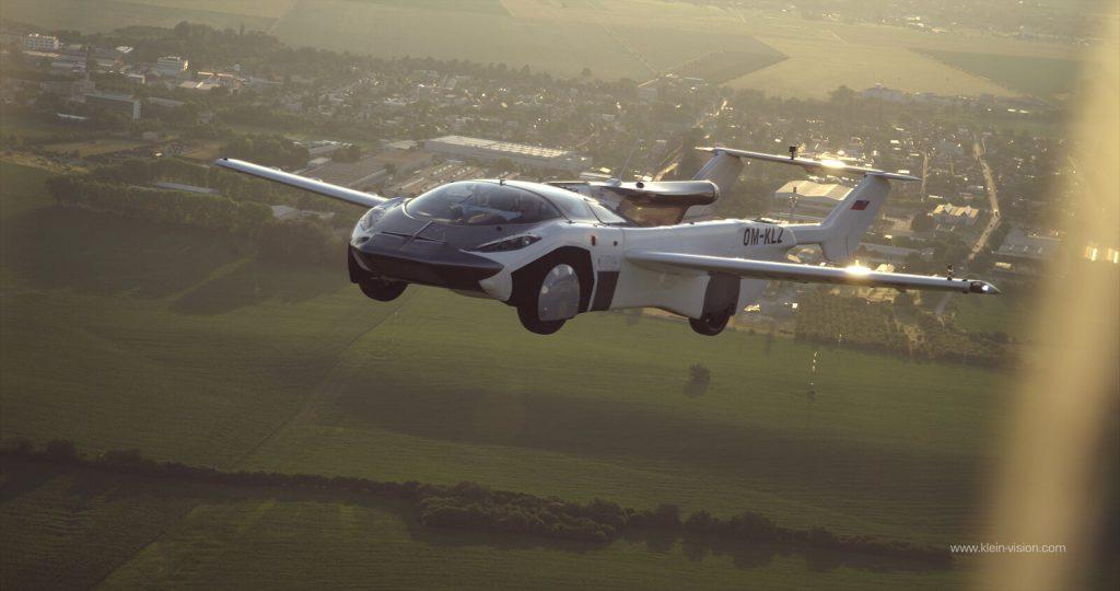 クレインビジョン エアカー 飛行風景